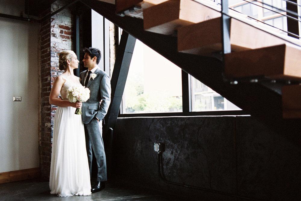 leftbank-annex-film-portland-wedding-007.jpg