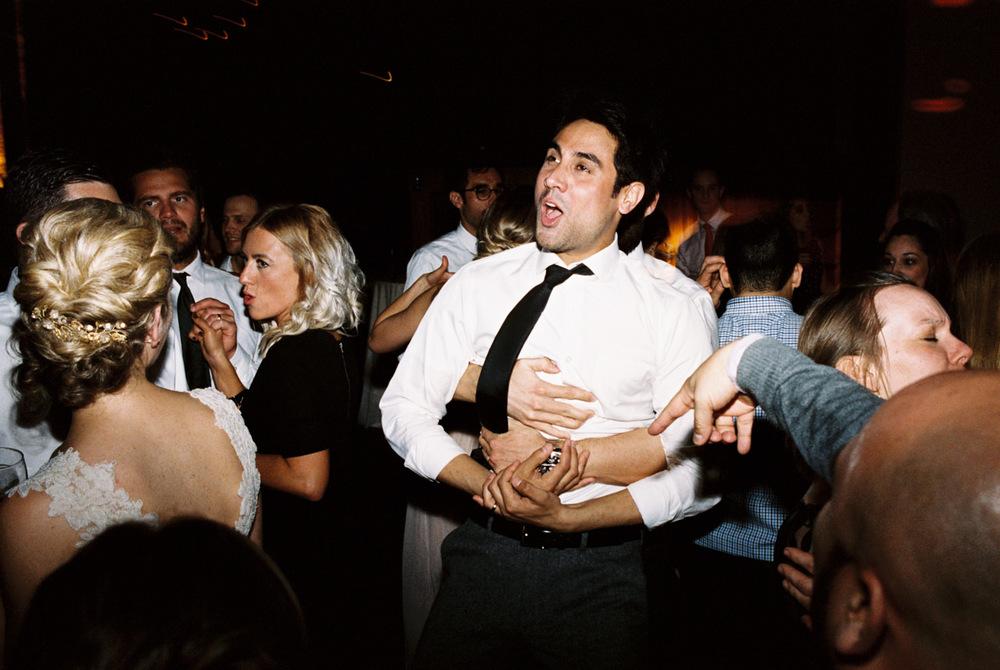 leftbank-annex-film-portland-wedding-012.jpg