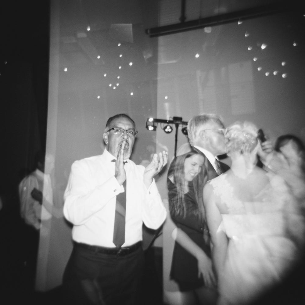 leftbank-annex-film-portland-wedding-016.jpg