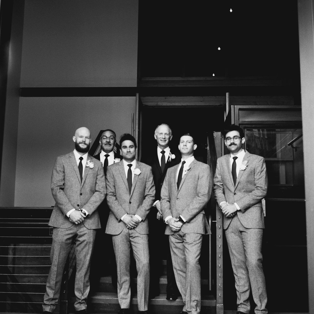 leftbank-annex-film-portland-wedding-023.jpg