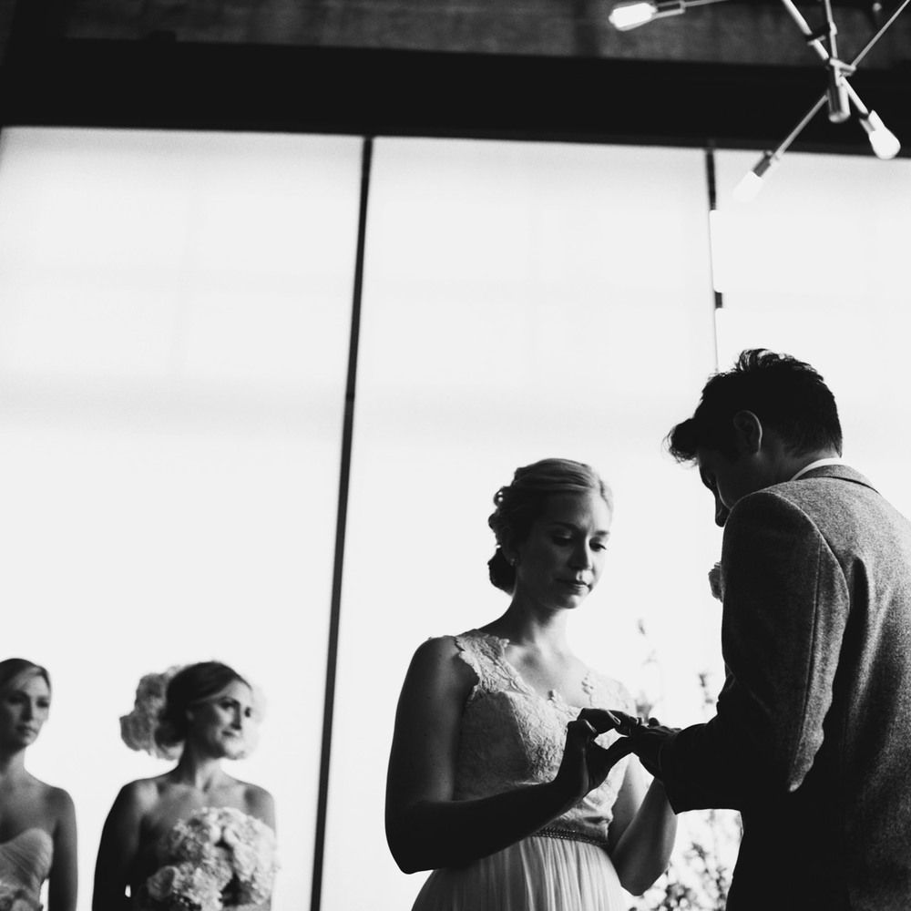 leftbank-annex-film-portland-wedding-027.jpg