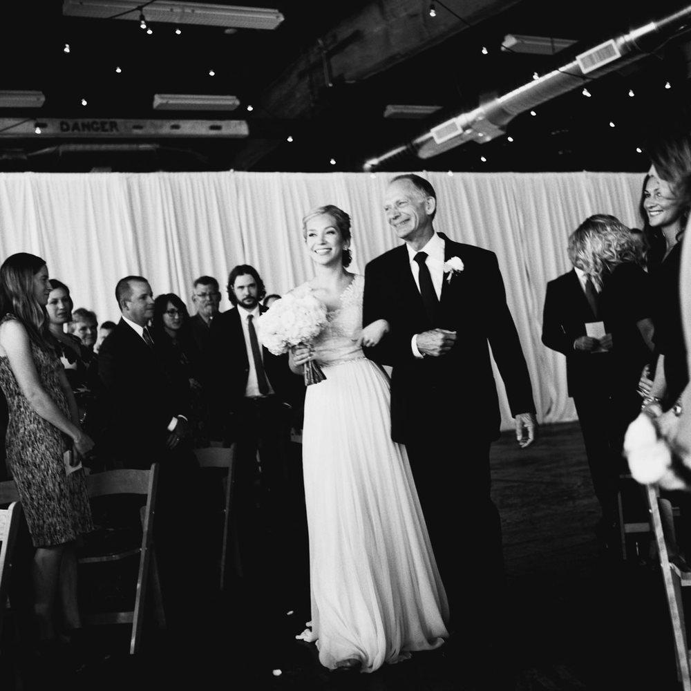leftbank-annex-film-portland-wedding-026.jpg