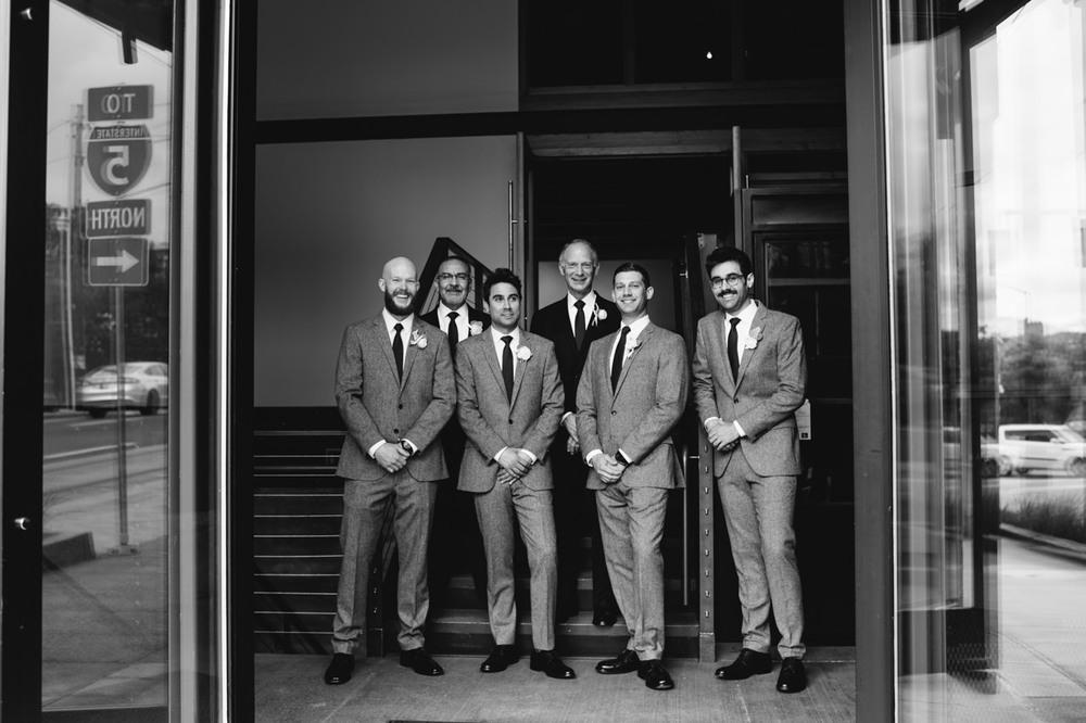 leftbank-annex-portland-urban-wedding-034.jpg