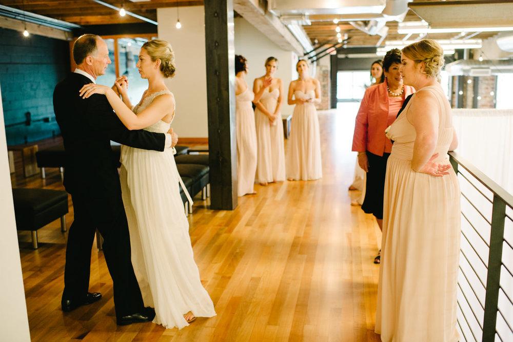 leftbank-annex-portland-urban-wedding-035.jpg