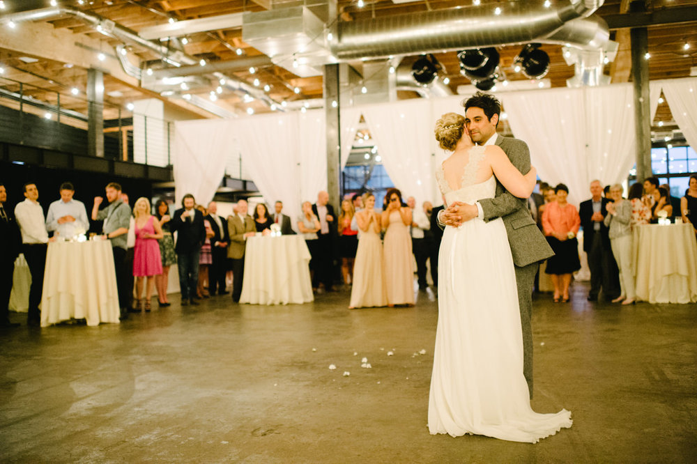leftbank-annex-portland-urban-wedding-102.jpg