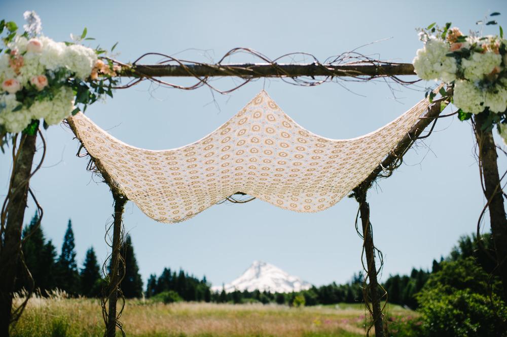 mt-hood-bed-breakfast-oregon-wedding-001b.jpg