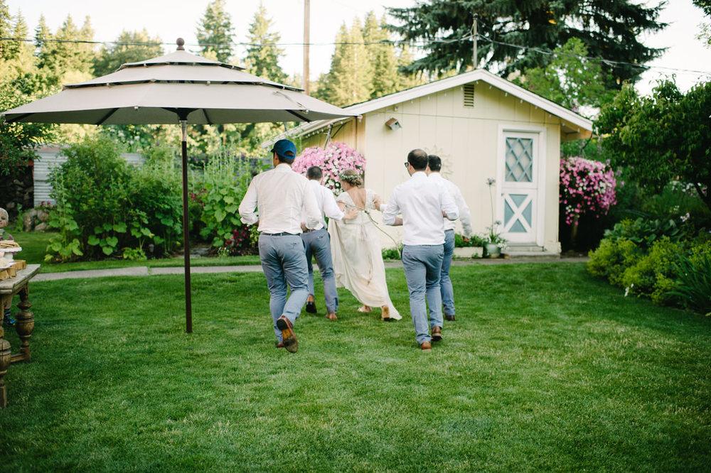mt-hood-bed-breakfast-oregon-wedding-092.jpg