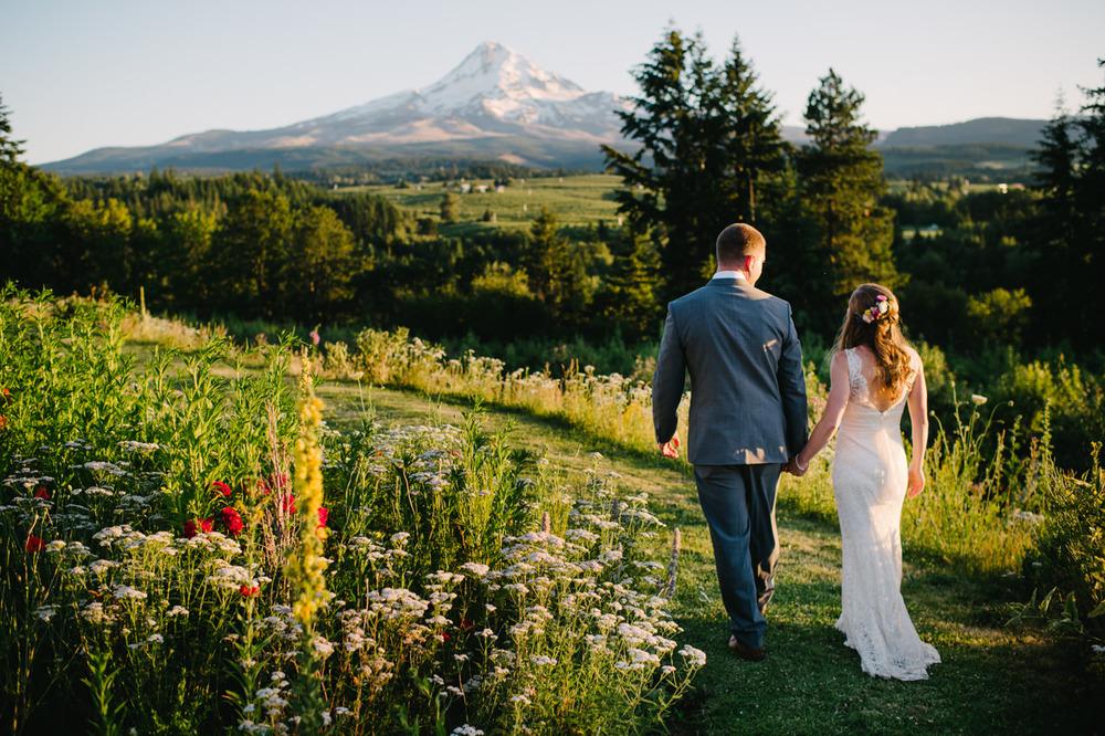 oregon-mt-hood-organic-farms-wedding-099.jpg