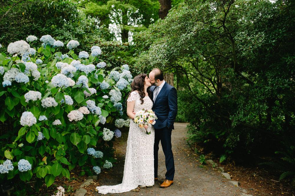 crystal-springs-rhododendron-garden-portland-wedding-023.jpg