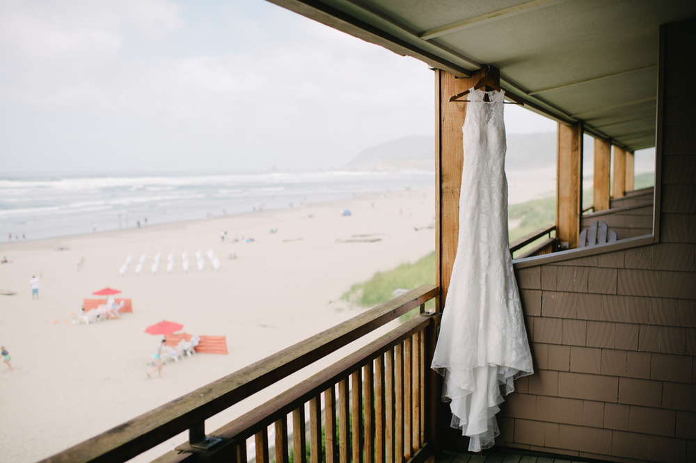 surfsand-resort-cannon-beach-wedding-009.jpg