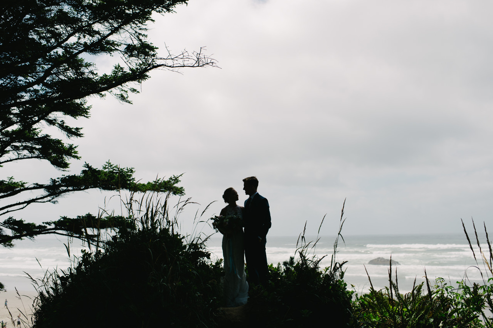 surfsand-resort-cannon-beach-wedding-023.jpg