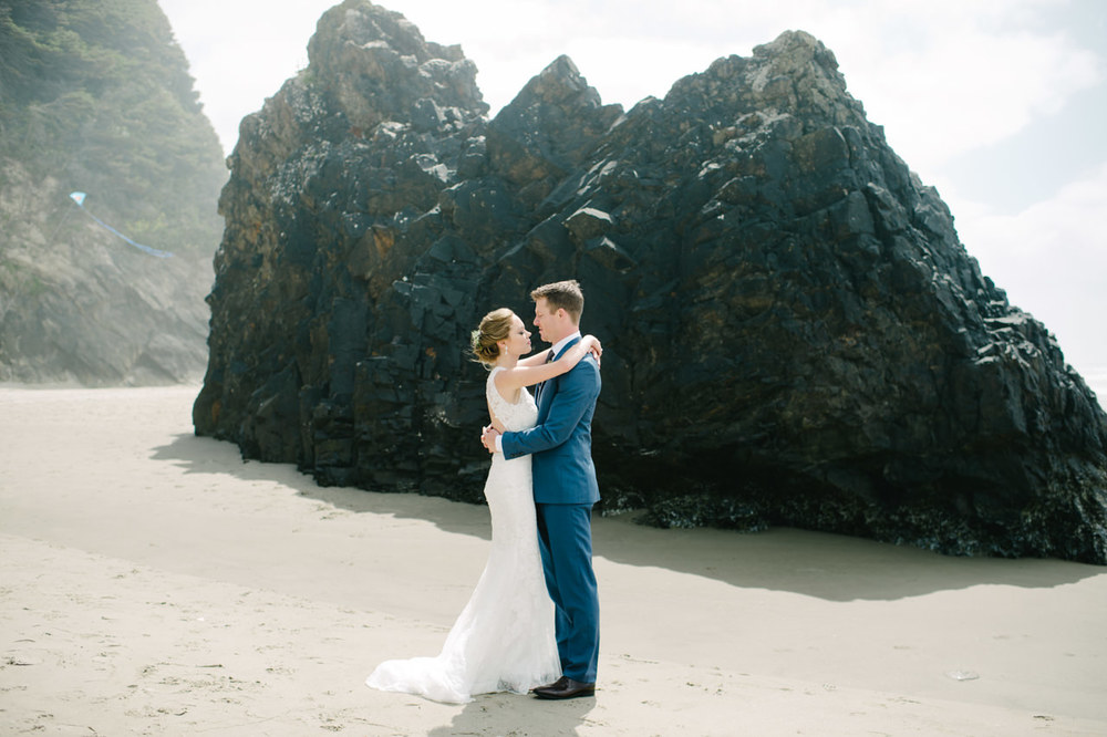 surfsand-resort-cannon-beach-wedding-031.jpg