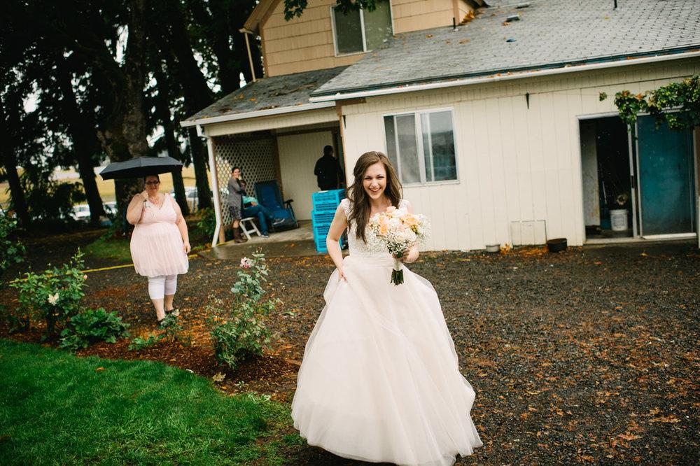 st-marys-cathedral-backyard-wedding-072.jpg