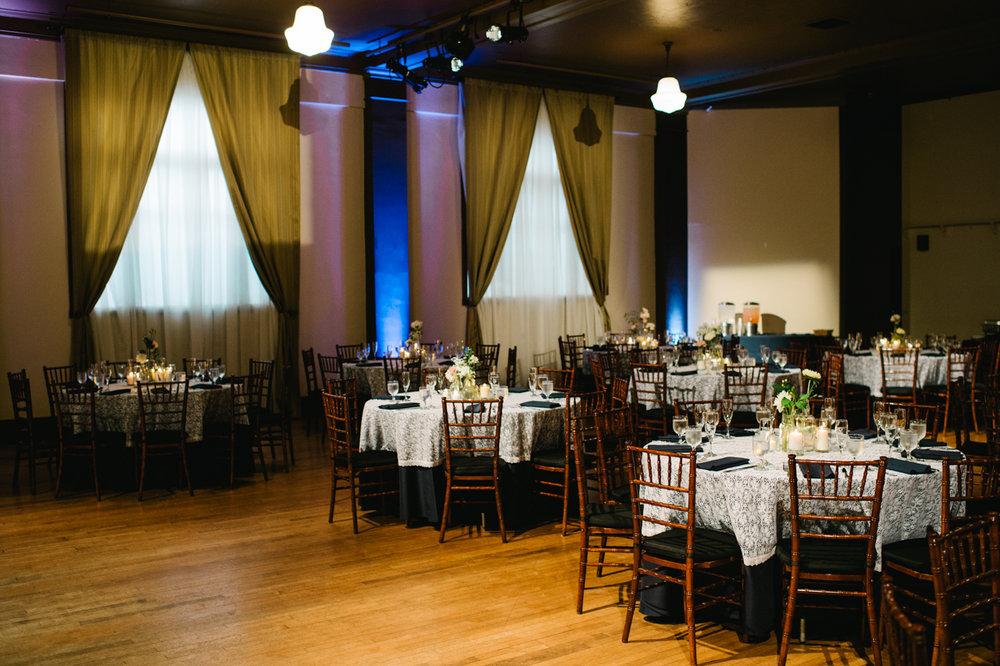west-end-ballroom-theater-portland-wedding-060ab.jpg