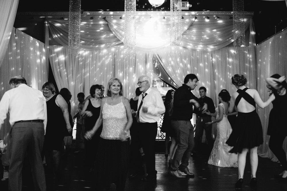 elysian-ballroom-portland-wedding-074.jpg