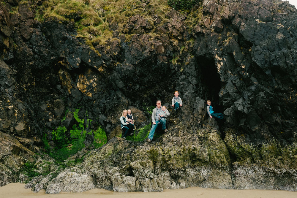 cannon-beach-arch-cape-oregon-family-photos-024.jpg