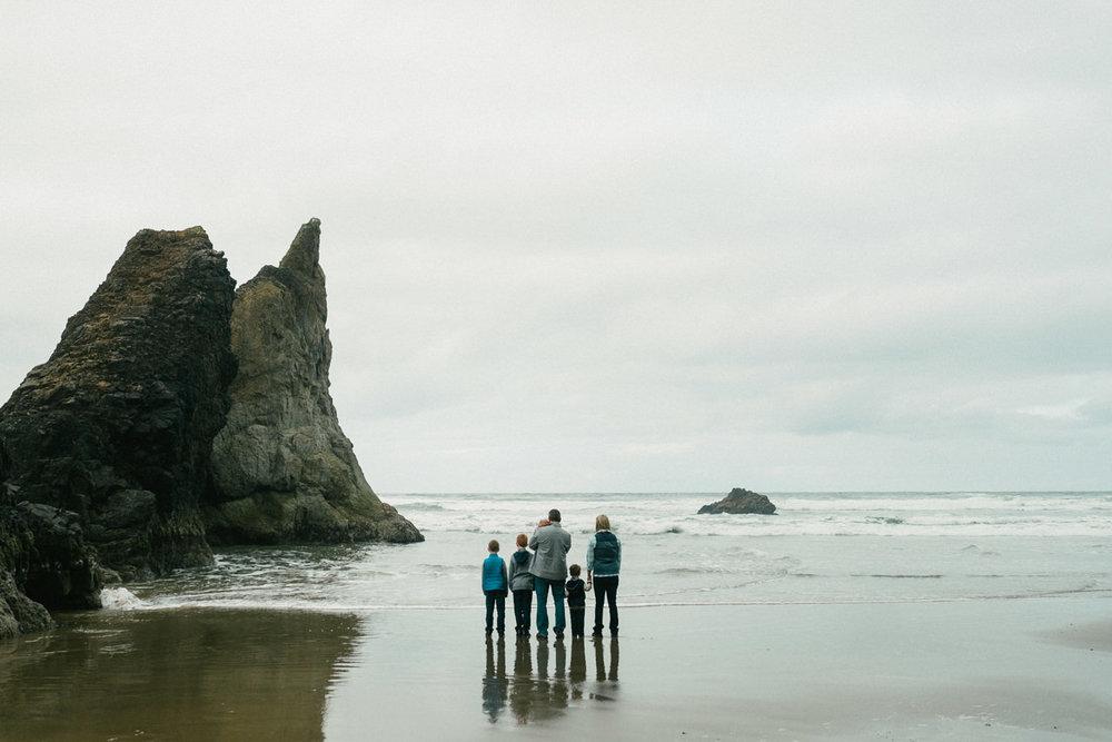 cannon-beach-arch-cape-oregon-family-photos-029.jpg