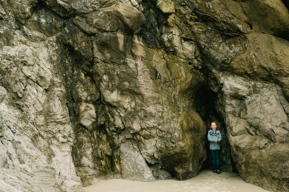 cannon-beach-arch-cape-oregon-family-photos-031.jpg