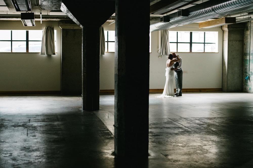 leftbank-annex-portland-urban-wedding-042.jpg