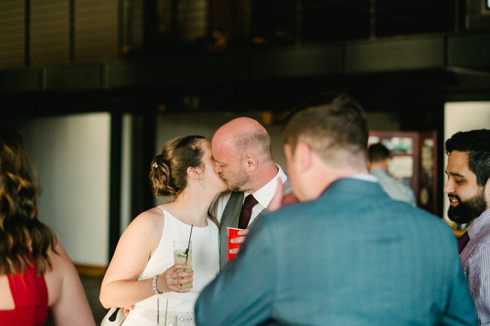 leftbank-annex-portland-urban-wedding-095.jpg