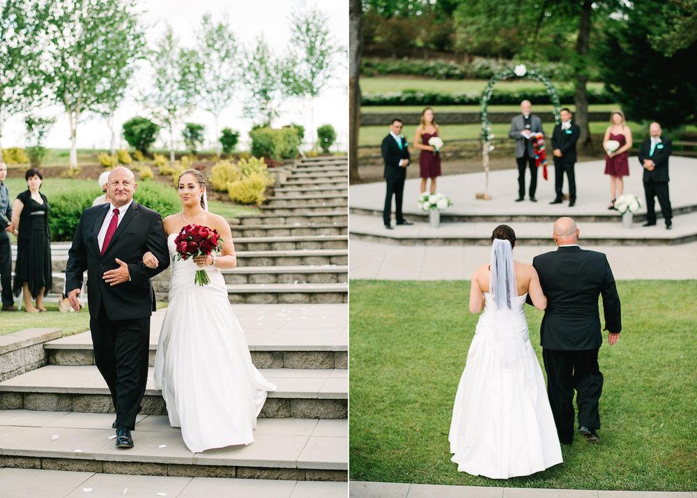 aurora-colony-vineyards-wedding-oregon-038a.jpg
