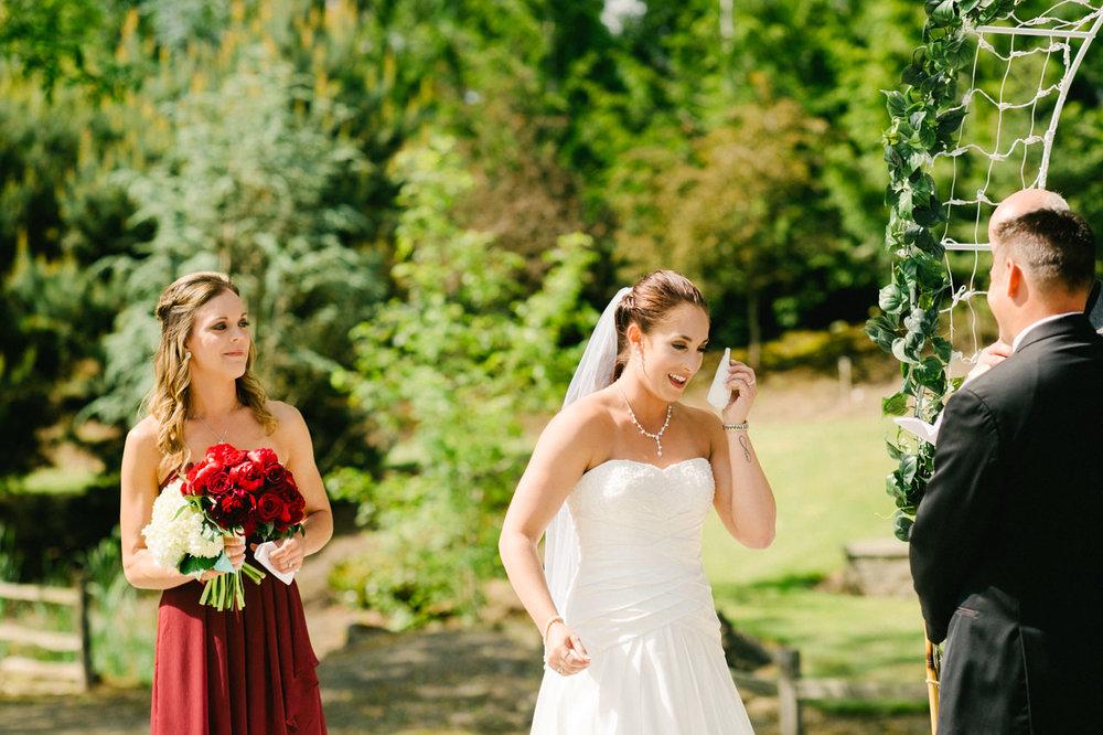 aurora-colony-vineyards-wedding-oregon-043.jpg
