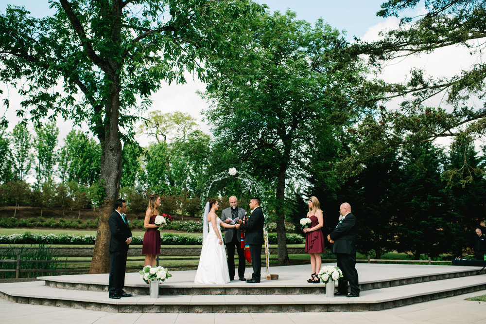 aurora-colony-vineyards-wedding-oregon-046.jpg
