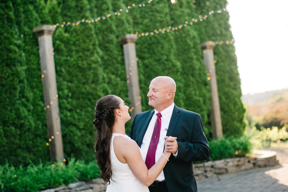 aurora-colony-vineyards-wedding-oregon-074.jpg