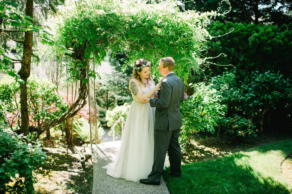 grey-gables-estate-portland-wedding-043.jpg