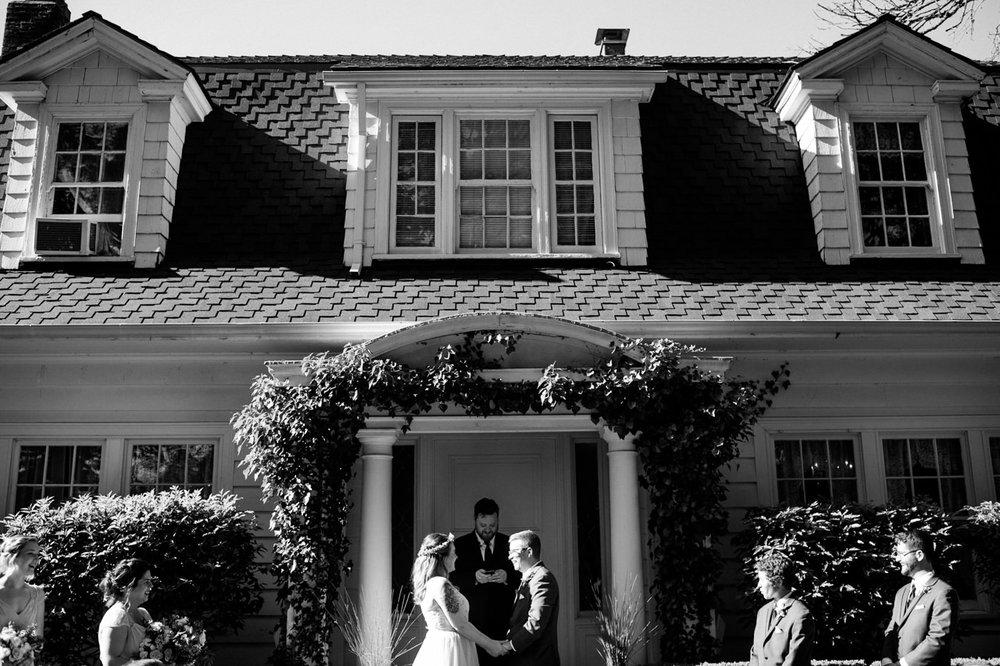 grey-gables-estate-portland-wedding-060a.jpg