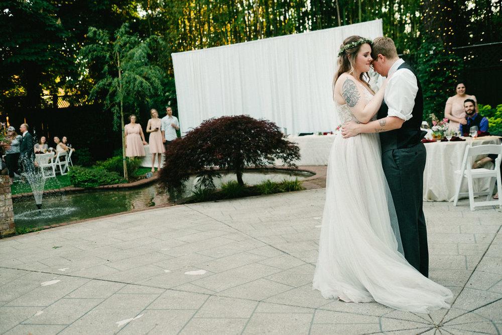 grey-gables-estate-portland-wedding-095.jpg