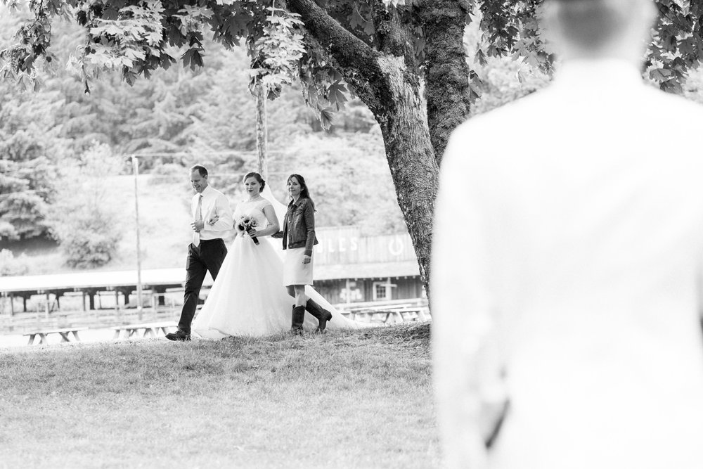yamhill-5-rock-ranch-wedding-039.jpg