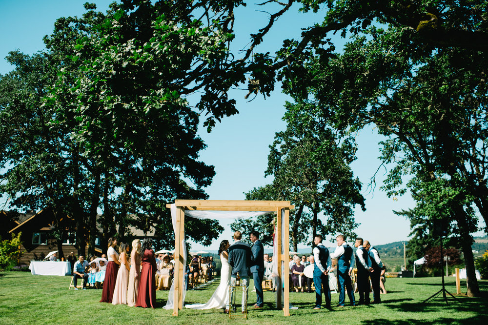 portland-scholls-valley-lodge-wedding-051a.jpg