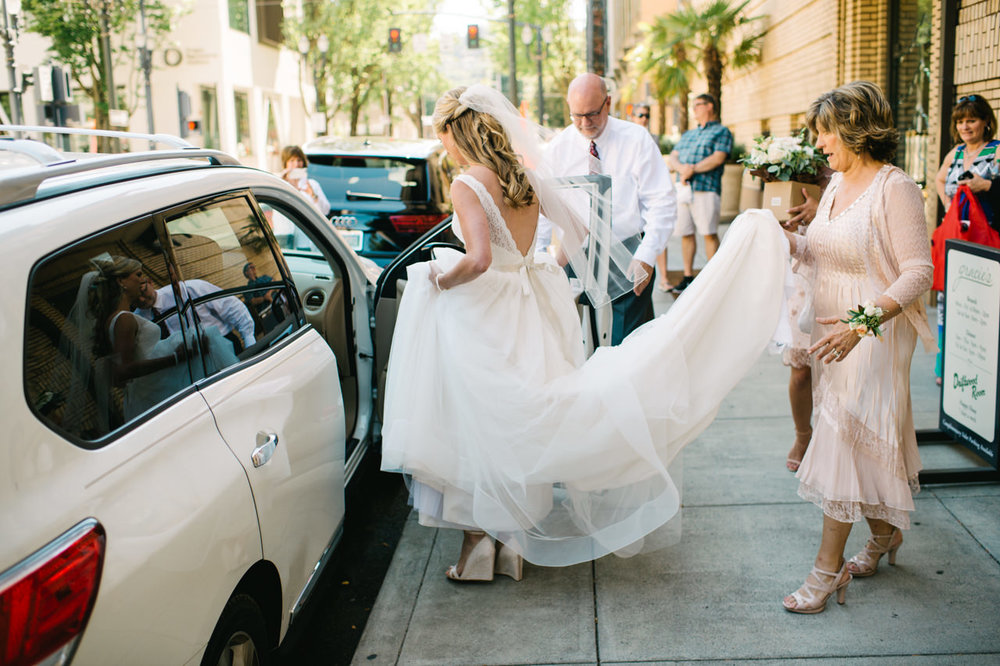 portland-coopers-hall-hotel-deluxe-wedding-029.jpg