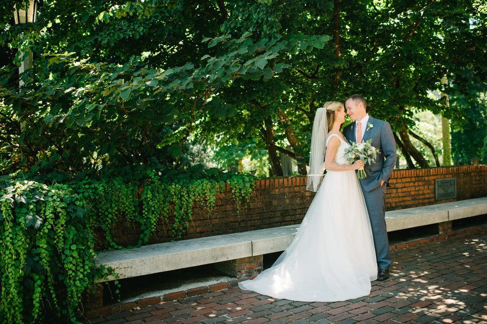 portland-coopers-hall-hotel-deluxe-wedding-034.jpg