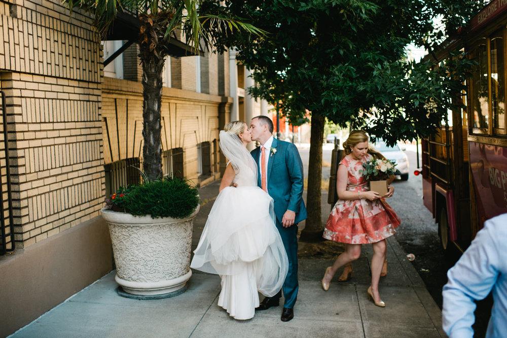 portland-coopers-hall-hotel-deluxe-wedding-048.jpg