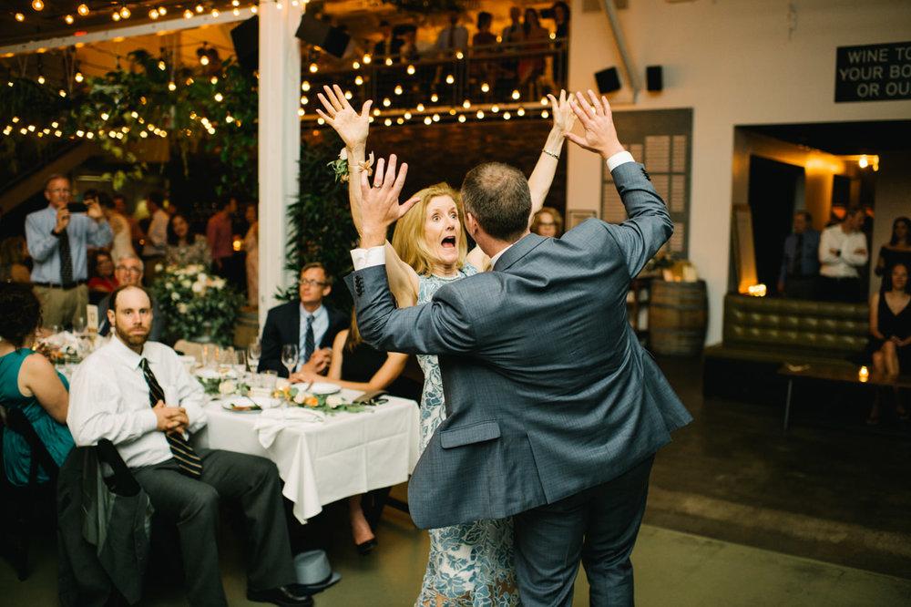 portland-coopers-hall-hotel-deluxe-wedding-098.jpg