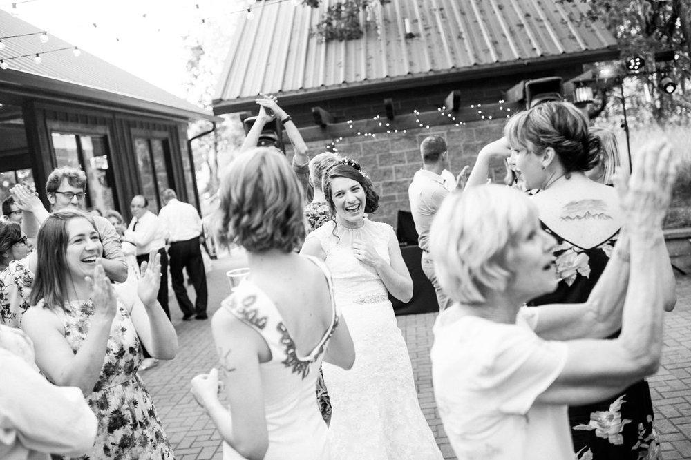 mt-pisgah-oregon-wedding-084.jpg