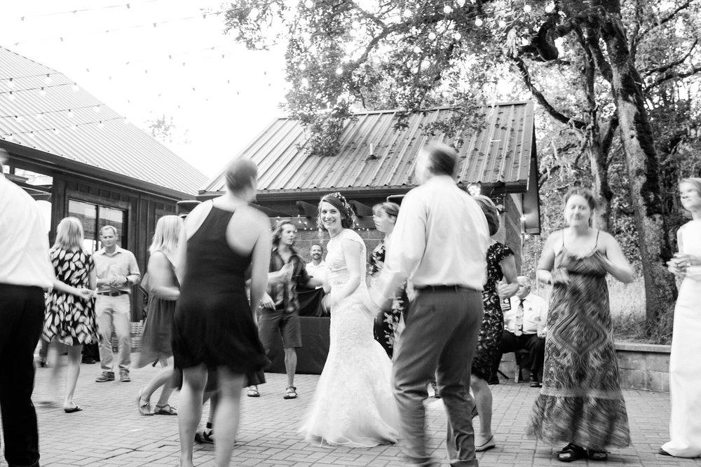 mt-pisgah-oregon-wedding-096.jpg