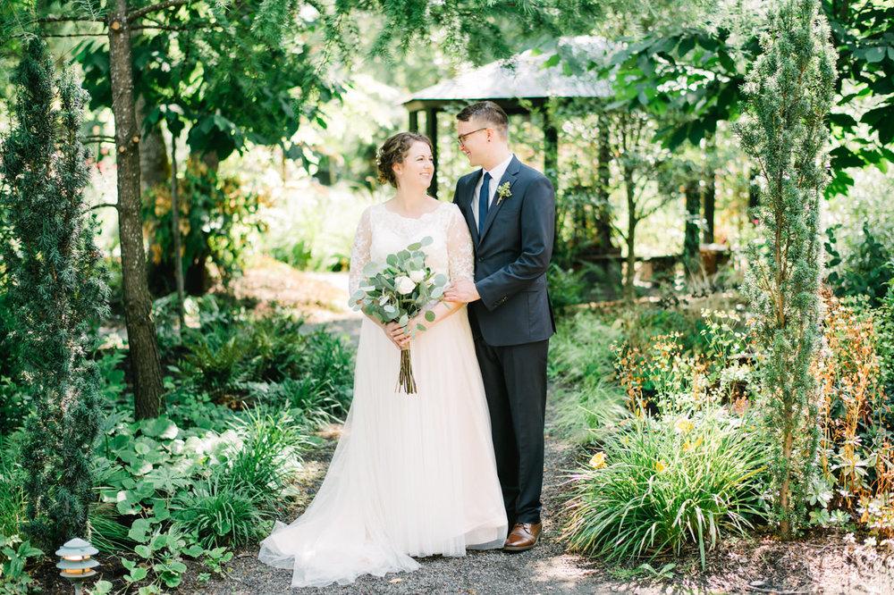 cornelius-pass-roadhouse-portland-wedding-038.jpg
