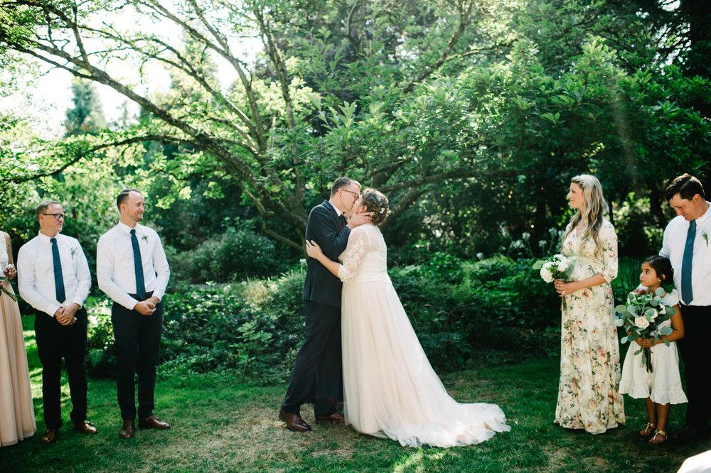 cornelius-pass-roadhouse-portland-wedding-057.jpg