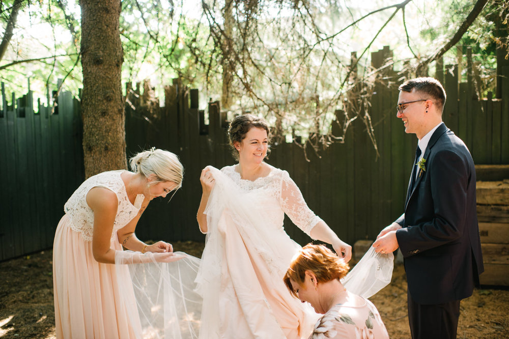 cornelius-pass-roadhouse-portland-wedding-063.jpg