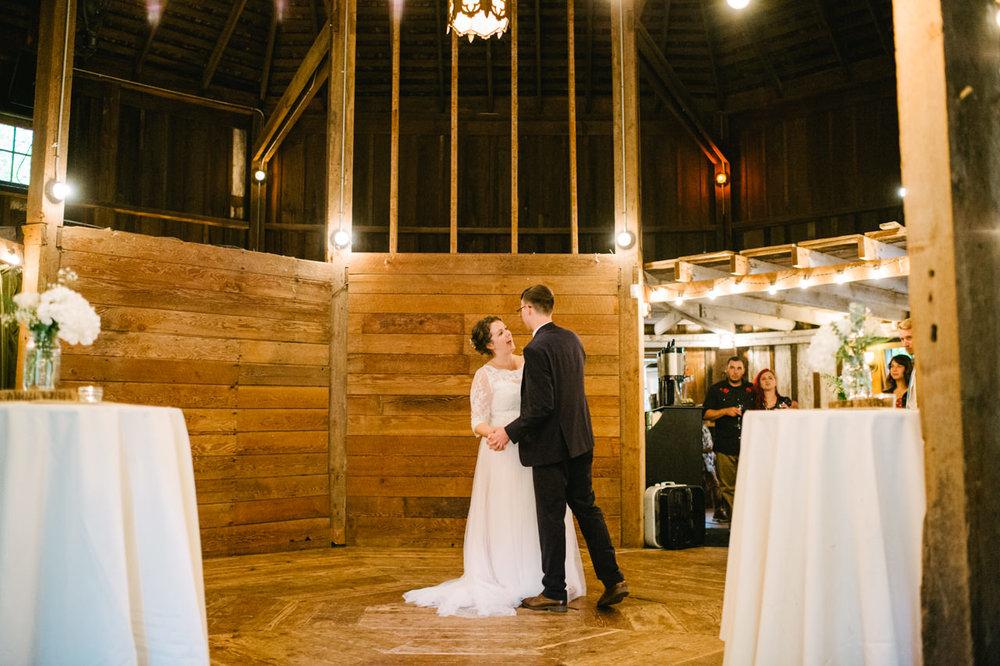 cornelius-pass-roadhouse-portland-wedding-094.jpg
