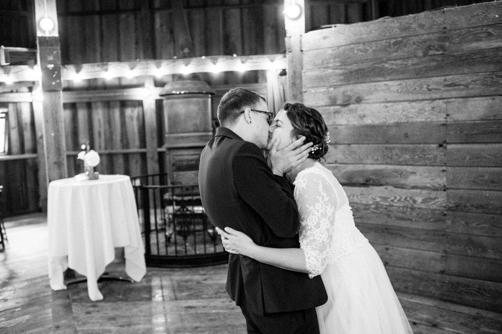 cornelius-pass-roadhouse-portland-wedding-096.jpg