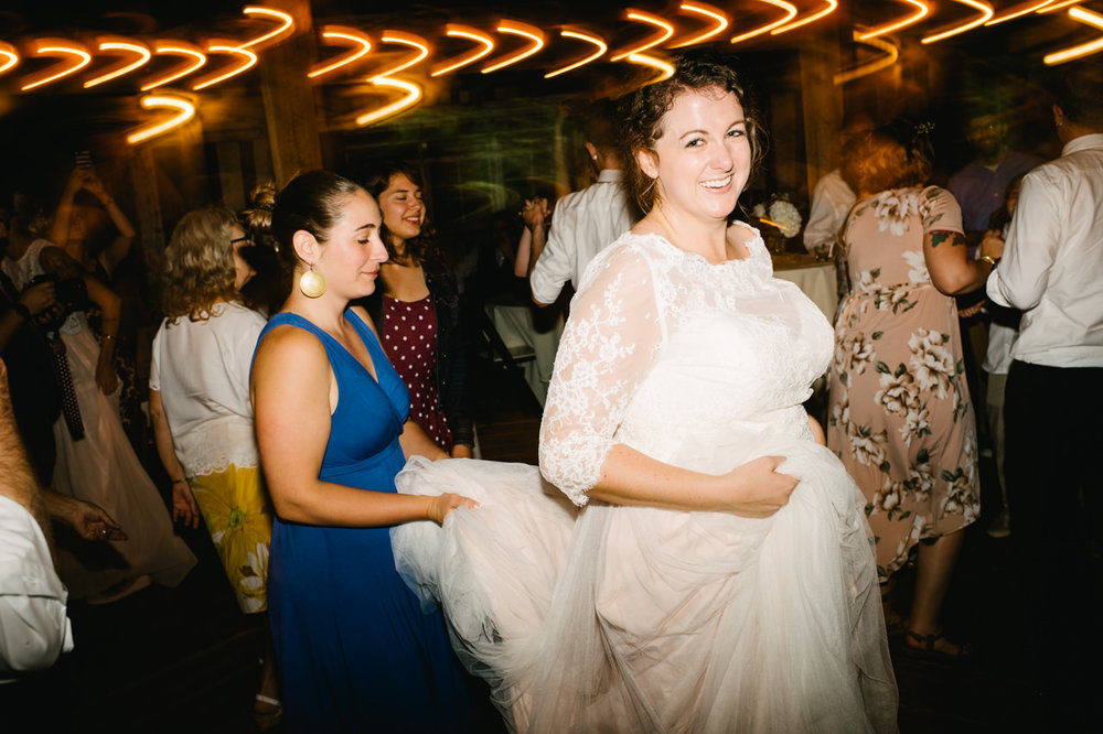 cornelius-pass-roadhouse-portland-wedding-102.jpg