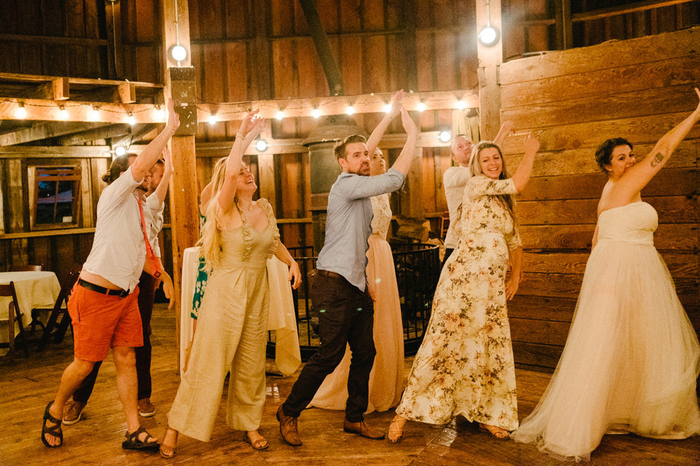 cornelius-pass-roadhouse-portland-wedding-124.jpg