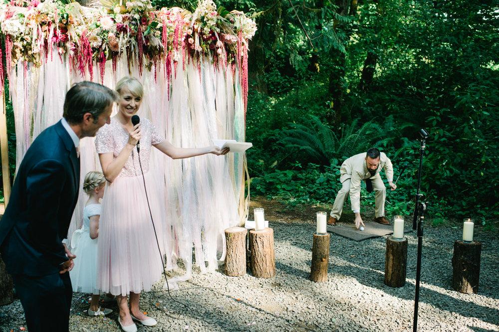 hornings-hideout-oregon-wedding-035.jpg
