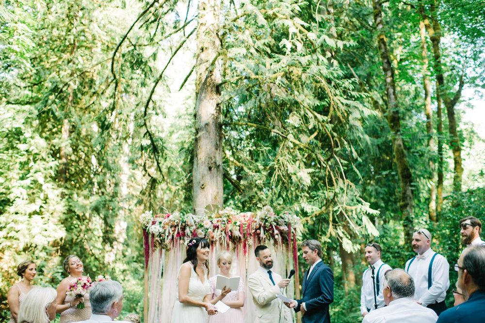 hornings-hideout-oregon-wedding-046.jpg