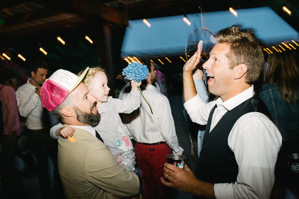 hornings-hideout-oregon-wedding-084.jpg