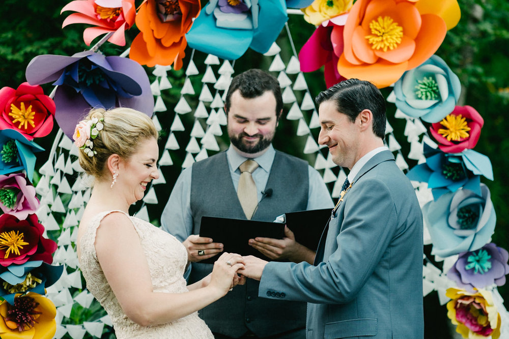 backyard-vancouver-washington-wedding-057.jpg